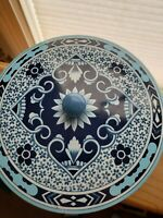 Vintage Delft Style Made In England Tin, few small scratches no dents see pic.