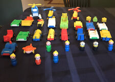 HUGE LOT OF VINTAGE FISHER PRICE LITTLE PEOPLE, Luggage & VEHICLES