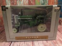 SPECCAST SCT 707 1/16 SCALE DIE CAST OLIVER 1800 WIDE FRONT TRACTOR - NIB