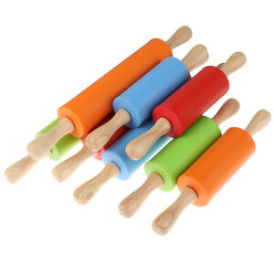 Non-Stick Wooden Handle Silicone Rolling Pins Pastry Flour Roller Kitchen TD`