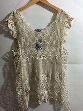NWT Ladies Yaira Crochet Lace Short Sleeve Top Tank Cami Beige Size Medium