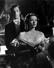 Vincent Price and Gene Tierney UNSIGNED photo - B3106 - Dragonwyck