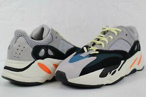adidas Yeezy 700 Wave Runner Grey Black White Size 9.5 B75571