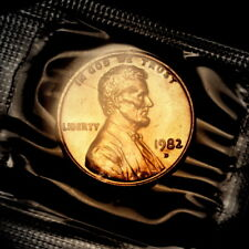 1982 D Lincoln Penny from Original Souvenir Mint Set in Mint Cellophane