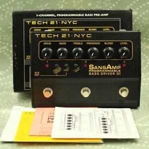 TECH21 SansAmp Programmable Bass Driver DI W/original box effect pedal (990553)