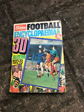 THE SUN - FOOTBALL ENCYCLOPAEDIA & 3D ALBUM - 1972/73