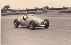 GORDINI DRIVER B.BIRA, CAR No .26 BRITISH GRAND PRIX SILVERSTONE JULY 1952 PHOTO