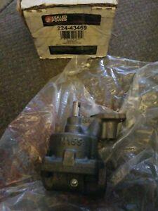 Sealed Power NEW Stock Oil Pump SB Chevy 283 327 350 std.-Vol & PSI 22443469