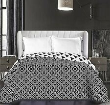 Black and White Reversible Throw Quilted Bedspread Comforter King Size 240x260cm