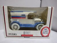 ERTL 1917 Ford New Holland Model T Die Cast 1/25 Bank 012121MGL3
