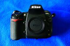 Nikon D700 12.1MP Digital SLR Full Frame Camera Body w/1 lens