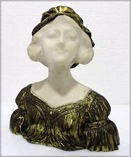 "R. FEBRARI  - Bronze à pâtine dorée - ""Jeune fille au chapeau"""