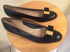 Salvatore Ferragamo Boutique Vara Bow Navy Blue Leather Pump Shoes 8.5 2A