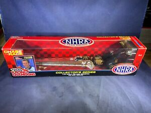 B8-10 MIKE DUNN 2002 NY YANKEES - 1:24 SCALE NHRA TOP FUEL DRAGSTER