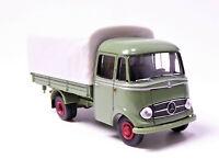 H0 BREKINA Starmada Mercedes Benz LP 319 Transporter Pritsche Plane grün # 13550