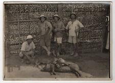 PHOTO ANCIENNE - Chasseurs Sanglier Singe Fusil Animal mort GABON Safari Vintage