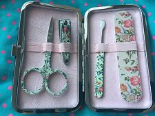 England 4 pc The Vintage Cosmetic Company Pink Floral Print Manicure Purse Set