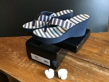 29447c66a BCBG Paris Black   white Striped Platform Thong Heel Wedge Shoes 9M New In  Box