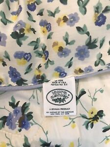 Laura Ashley TWIN Reversible Floral-Blue Yellow Polyanthus Comforter 72x 84