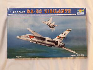 Trumpeter RA-5C Vigilante 1:72