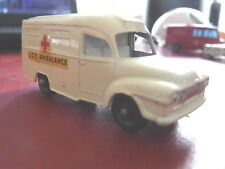 Ancien LESNEY Lomas Ambulance REF 14  excellent état rare