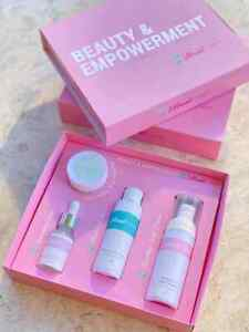 Vibrant Beauty Illuminating Skin Care Set - Effective and Best Seller!