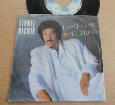 """DISQUE 45T DE LIONEL RICHIE  """" DANCING ON THE CEILING """""""