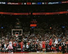 Kawhi Leonard Toronto Raptors Game 7 Buzzer Beater UNSIGNED 8X10 Photo C