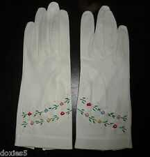 Vintage Lavabile Gloves Kid Leather White with Embroidery Hemmed Look New Butter