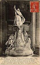 CPA Meaux - La Cathedrale - Bossuet eveque de Meaux (472213)