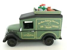 """This Vintage Department 56/Christmas in the City """"Village Express Van�"""