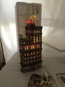 DEPT 56 THE TIMES TOWER TIMES SQUARE 2000 SPECIAL EDITION GIFT SET