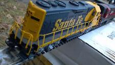 HO Bachman 2 loco lot, NH H16-44 and SF GP35