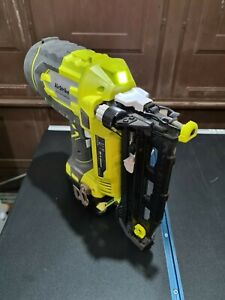 Ryobi R18N16G-0 18V Cordless Nail Gun with 6.0Ah battery and nails