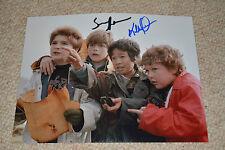 KE HUY QUAN & SEAN ASTIN signed autograph In Person 8x10 (20x25 cm) GOONIES
