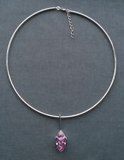 SOLID 925 STERLING SILVER ROUND RIGID CHOKER WITH PINK CUBIC DROP  16""