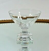 Peill Karat Likörschale H. 7,3 cm Kristall Glas Gläser geschliffen W. Wagenfeld