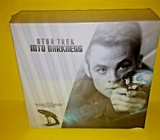 STAR TREK INTO DARKNESS BLU RAY 3D GIFT SET WITH PHASER