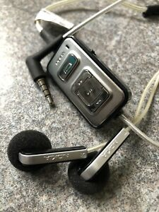 Nokia Earphones with In-built Remote Control *Very Rare*