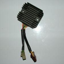 Aprilia SL Falco 1000 Régulateur / Voltage Regulator AP8124267