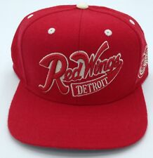 NHL Detroit Red Wings Reebok Structured Snap Back Cap Hat Beanie NEW!