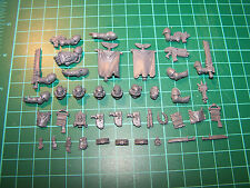 Space Marine Command Squad Weapons and Accessories (bits)