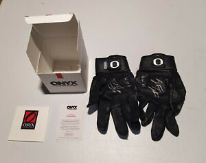Spencer Steer auto autographed game used batting gloves 2019 Onyx Minnesota Twin