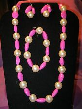 HOT PINK AND CREAM BEADED JEWELRY SET
