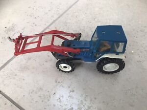Britains Farm Toys Ford 5610 Tractor With Forklift Attachment