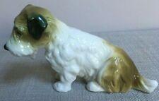 Adorable Karl Ens porcelaine Terrier Figurine