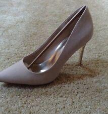 NWB Jennifer Lopez Grace Heels Nude Size 10