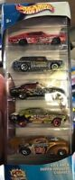 Hot Wheels smashville 5 Pack With Holden commodore