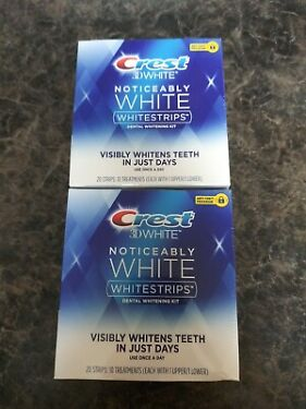 Crest 3D Whitestrips Noticeably White 10 Treaments 20 Strips EXP 1122 LOT OF 2