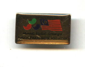 Malaysia Paralympic Olympic Team pin undated badge from Athens 2004